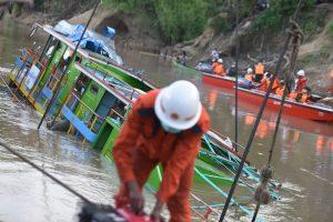 Mianmare kelto katastrofos aukų padaugėjo iki 72