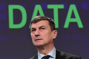 ES stiprins kovą su kibernetinėmis atakomis