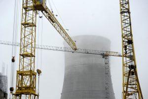Sumontuotas Astravo AE antrojo reaktoriaus korpusas