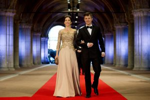 Danijos sosto įpėdinis patyrė traumą šokinėdamas ant batuto
