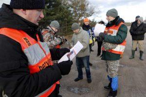 Dingusio 17-mečio ieško kelios dešimtys entuziastų iš Latvijos