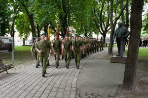 Prisiekė nauja Jaunesniųjų karininkų vadų laida