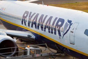 """""""Ryanair"""" per metus pervežė 100 mln. tarptautinių keleivių"""