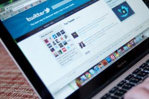 """""""Twitter"""" leis skelbti iki 10 tūkst. ženklų ilgio žinutes"""