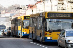 """Vilniaus autobusų pirkimo konkurse – """"Adampolis"""" ir """"Solaris"""""""