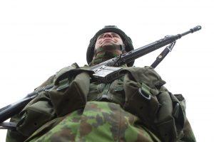 Siūloma supaprastinti leidimus karinėms teritorijoms ir pastatams