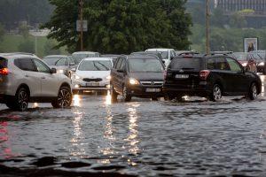 Draudikai: šiemet gamtos stichijos jau pridarė žalos už 246 tūkst. eurų