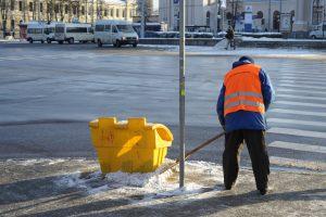 Nuo liepos minimali alga – tik už nekvalifikuotą darbą