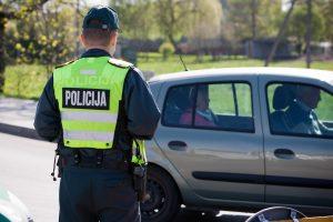 Policija įspėja vairuotojus: panaudosime visas priemones