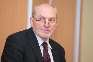 """A. Šimėnas: """"Lietuvos geležinkeliai"""" ir """"Orlen"""" tikisi susitarti netrukus"""