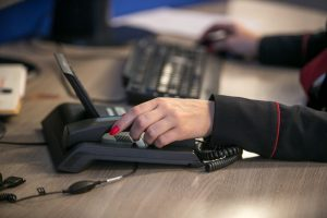 Šiemet pagalbos telefonu linijos sulauks didesnio ministerijos finansavimo