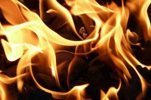 Alytuje degė namas