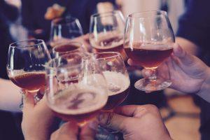 Tyrimas: beveik 4 proc. Lietuvos gyventojų alkoholį vartoja kasdien