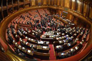 Kritus Italijos vyriausybei – daug nežinomųjų