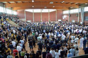 Gedinti Italija laidoja žemės drebėjimo aukas