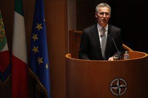 NATO vadovas palaiko Europos gynybos stiprinimą
