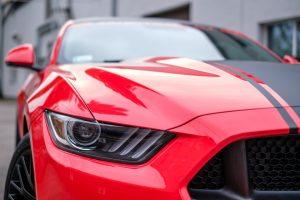 Tyrimas: ar prabangus automobilis turi reikšmės vyro ir moters santykiams