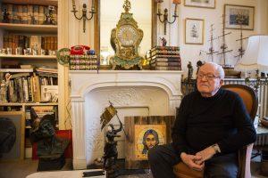 M. Le Pen tėvui už romų įžeidimą skirta bauda