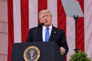 Vokietijai – D. Trumpo kritika dėl prekybos ir NATO įmokų