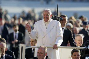 Popiežius Pranciškus: melagingos naujienos yra blogis