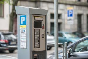 Atsiskaitymas už parkavimą Kaune tampa patogesnis