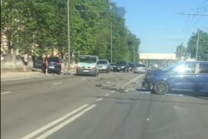 """Raudondvario plente – """"Volkswagen"""" ir """"Opel"""" avarija"""