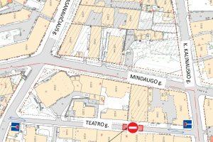 Dėl stogo rekonstrukcijos darbų bus laikinai draudžiamas eismas Teatro gatvėje