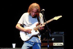 Džiazo gitaros legenda S. Hendersonas koncertuos trijuose miestuose Lietuvoje
