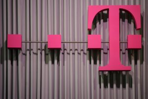 """Britanijoje suimtas kibernetine ataka prieš """"Deutsche Telekom"""" įtariamas vyras"""