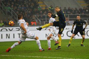 """""""Inter"""" antrajame kėlinyje sutriuškino """"Lazio"""""""