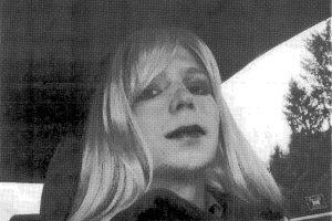 """Tinklalapio """"WikiLeaks"""" šaltinis Ch. Manning išleista į laisvę"""