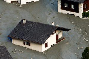 Klimato kaita – vienas žemės nuošliaužą Šveicarijoje sukėlusių veiksnių