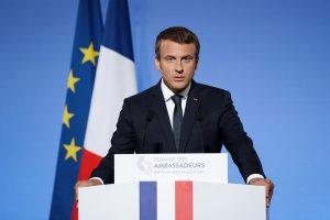 E. Macronas penktadienį Prancūzijoje priims britų premjerę