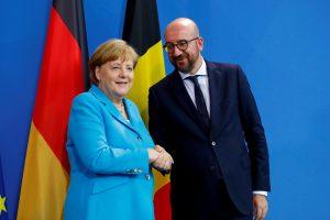 """A. Merkel: migracijos politika – """"lakmuso popierėlis"""" Europos ateičiai"""