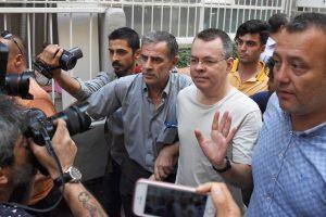 JAV grasina Turkijai papildomomis sankcijomis, jei nebus paleistas pastorius