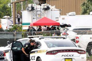 Orlande iš darbo atleistas vyras nušovė penkis žmones ir nusižudė