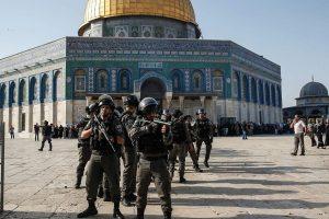 Izraelyje: protestų bangos ir neapsisprendimas dėl saugumo priemonių