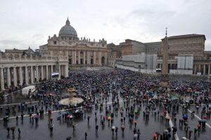"""Vatikanas artėja prie """"istorinio Pekino vyskupų pripažinimo"""""""