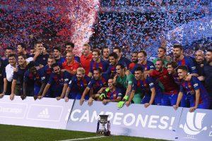 """Ispanijos futbolo supertaurę po trejų metų vėl iškovojo """"Barcelona"""""""