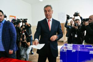 Juodkalnijoje renkamas parlamentas