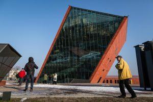 Lenkijos Antrojo pasaulinio karo muziejus atsidūrė politikų dėmesio centre