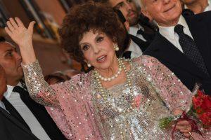 Italų aktorė G. Lollobrigida prisipažino patyrusi seksualinę prievartą