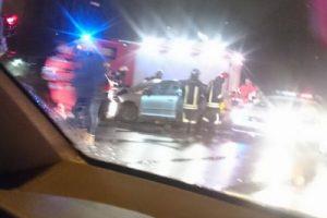 Kaune per avariją sužaloti du jauni žmonės