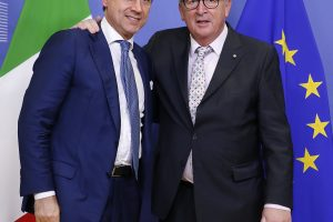 Italijos premjeras įsitikinęs, kad Roma gali išvengti ES nuobaudų dėl biudžeto