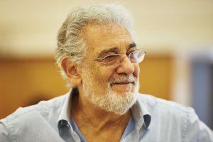 Tenoras P. Domingo aukos nukentėjusiesiems nuo stichinių nelaimių