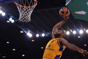"""""""Herbalife Gran Canaria"""" krepšininkai patiesė """"Maccabi"""" ekipą"""