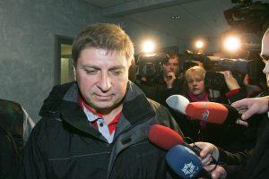 R. Adomavičiaus bylos liudytojas teismui pareiškė neprovokavęs politiko imti kyšį