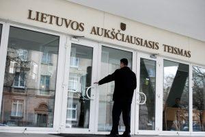 Buvusiam teisininkui už tarpininko kyšininkavimą paskirta 65 tūkst. litų bauda