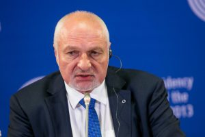 """Socialdemokratų štabe – """"darbiečiai"""" K. Daukšys ir V. Mazuronis"""