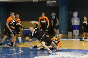 Pirmosiose rungtynėse – triuškinama olandų pergalė